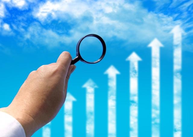 企業の成長を観察するイメージ